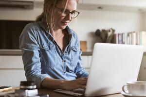 拡大する「在宅」勤務環境におけるコラボレーティブBIの重要性