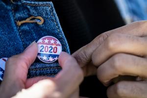 アメリカ大統領選挙における世論調査は信頼できるのか