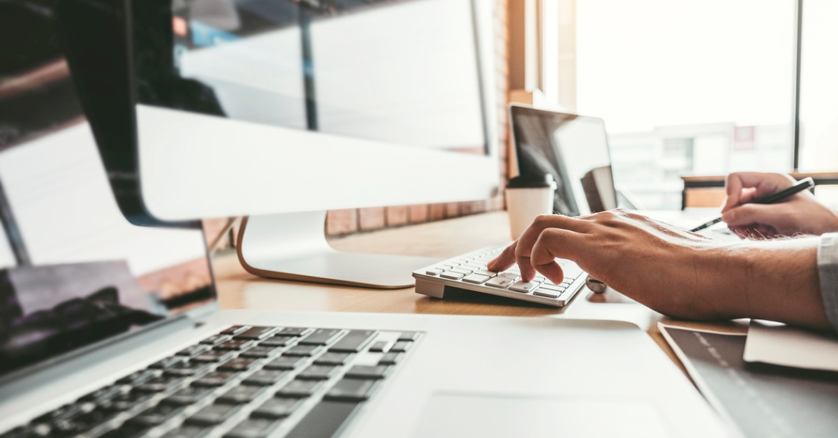 2021年に新興のソフトウェア企業がオンラインでブランドを構築する方法